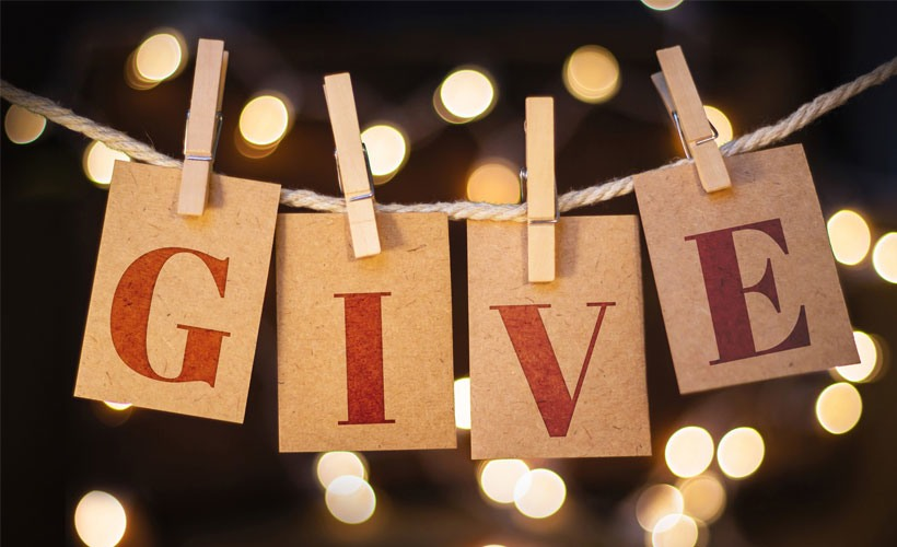 Christmas-Time-These-Are-the-Top-Ways-to-Give-Back.M